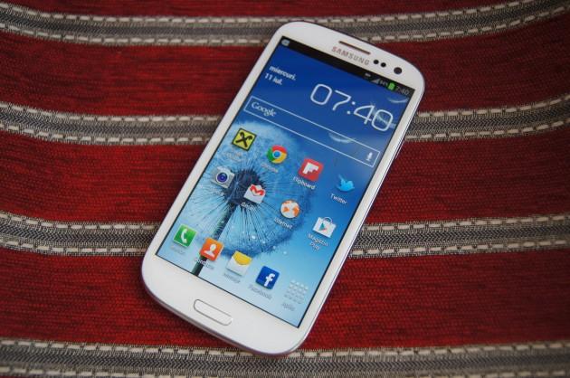 Samsung-Galaxy-S-III-9