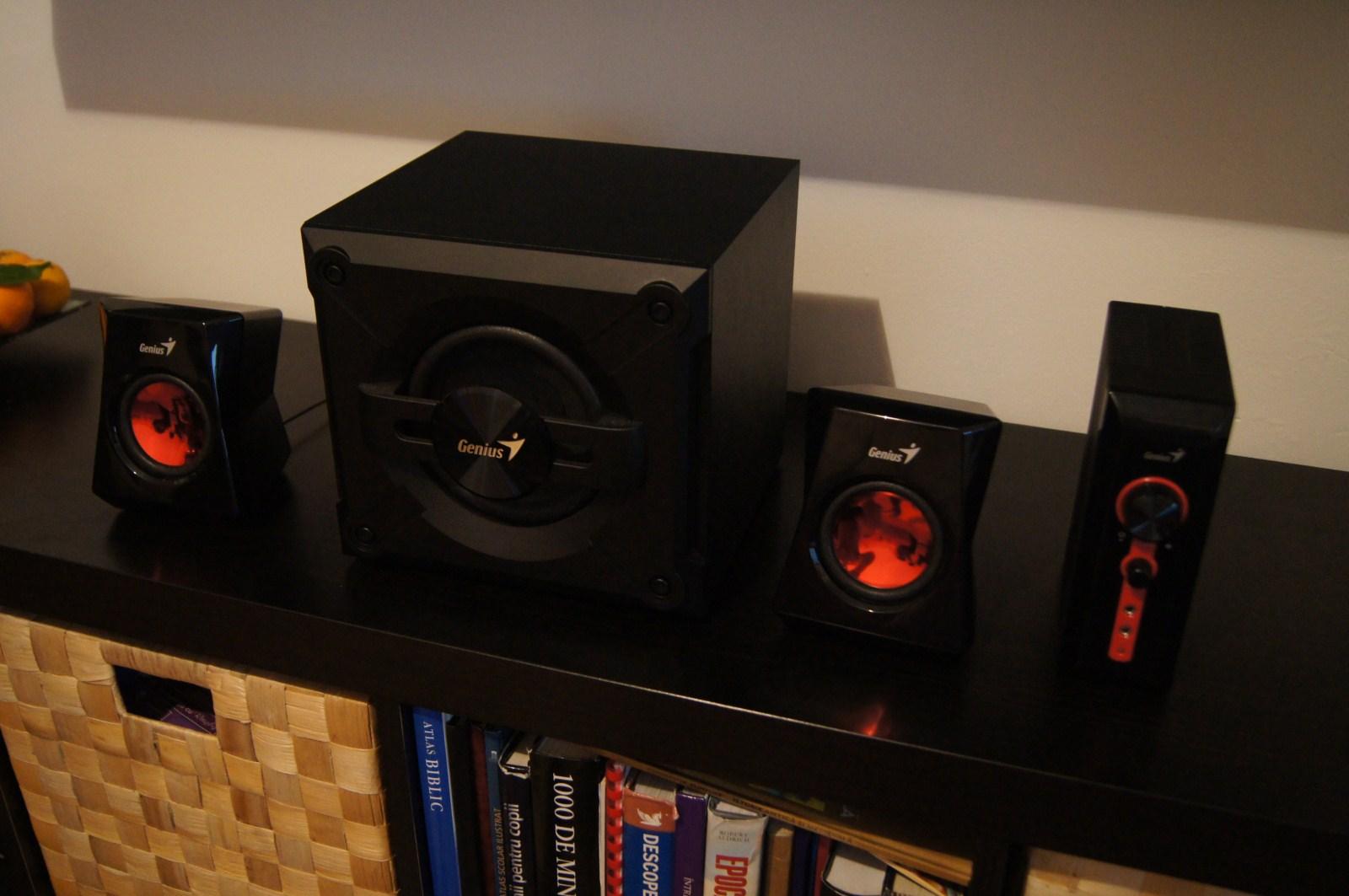 boxe genius sw g2 1 1250 review hi tech. Black Bedroom Furniture Sets. Home Design Ideas