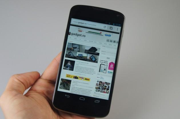 LG-Nexus-4 (32)