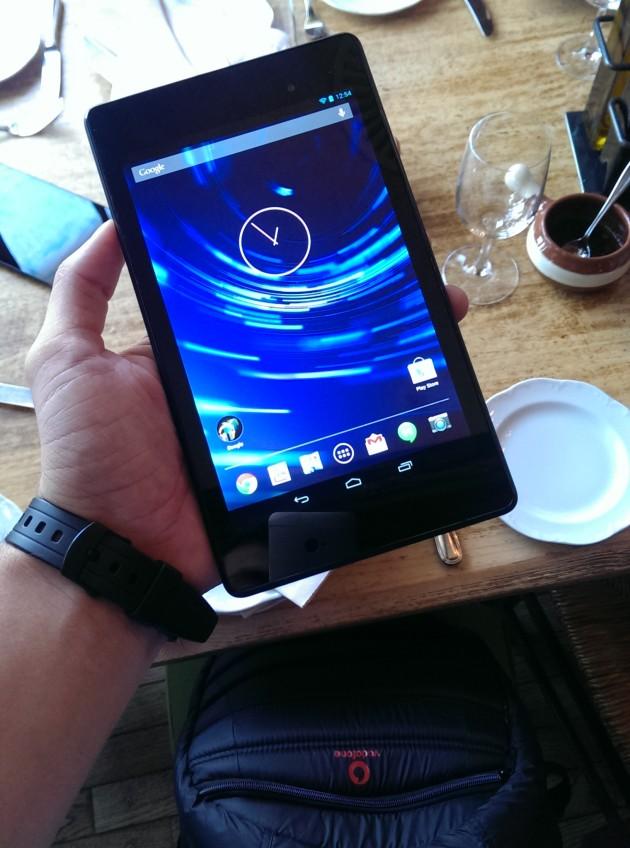 Google-Nexus-7-2013-Gadget (11)