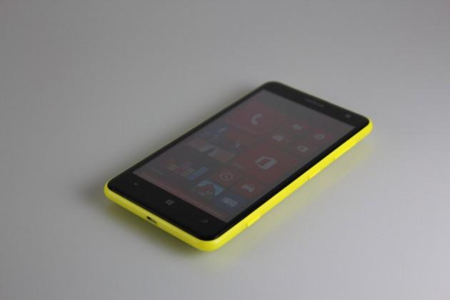 Nokia-Lumia-625-Gadget (7)