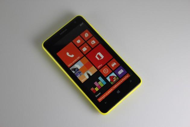 Nokia-Lumia-625-Gadget (9)
