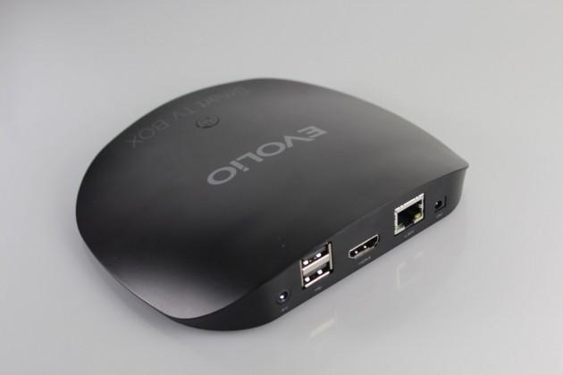 Evolio-Smart-TV-Box-unboxing (13)