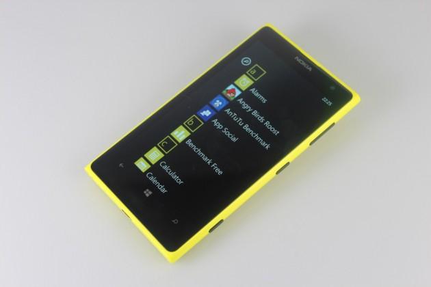 Nokia-Lumia-1020-Gadget (14)