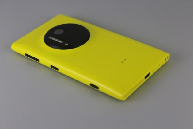 Nokia-Lumia-1020-Gadget (9)