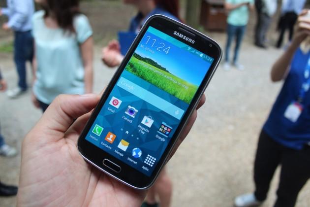 Samsung-GALAXY-K-zoom (17)