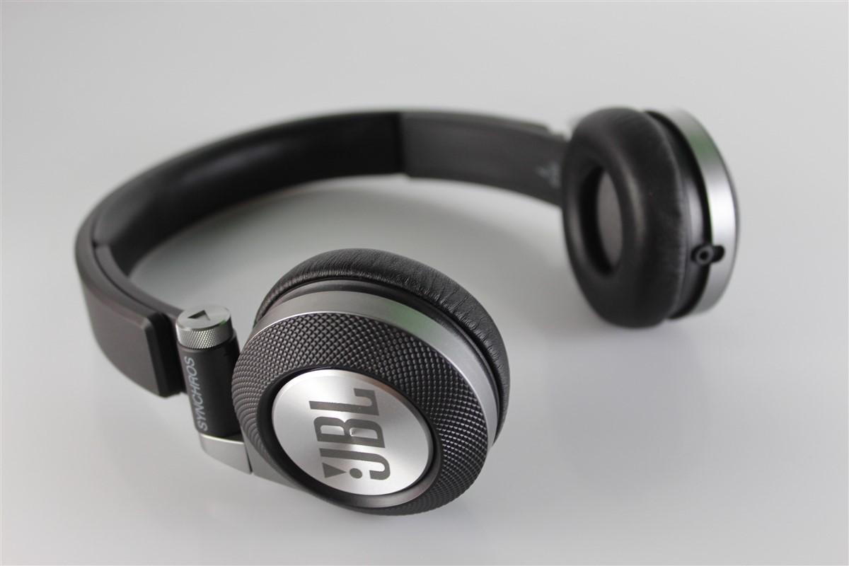 Cti Jbl Synchros E30 Review Hi Tech Lifestyle Headset Categorii Audioreviews