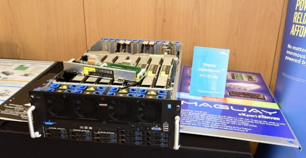 Maguay eXpertServer Xeon E7 v3