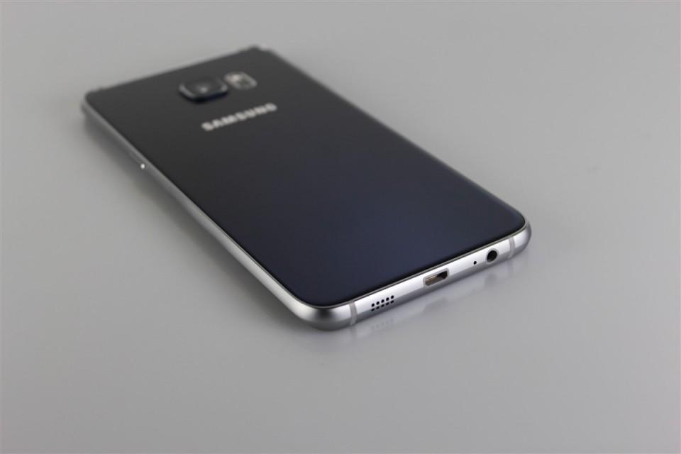 Samsung-GALAXY-S6-Edge-Plus (15)
