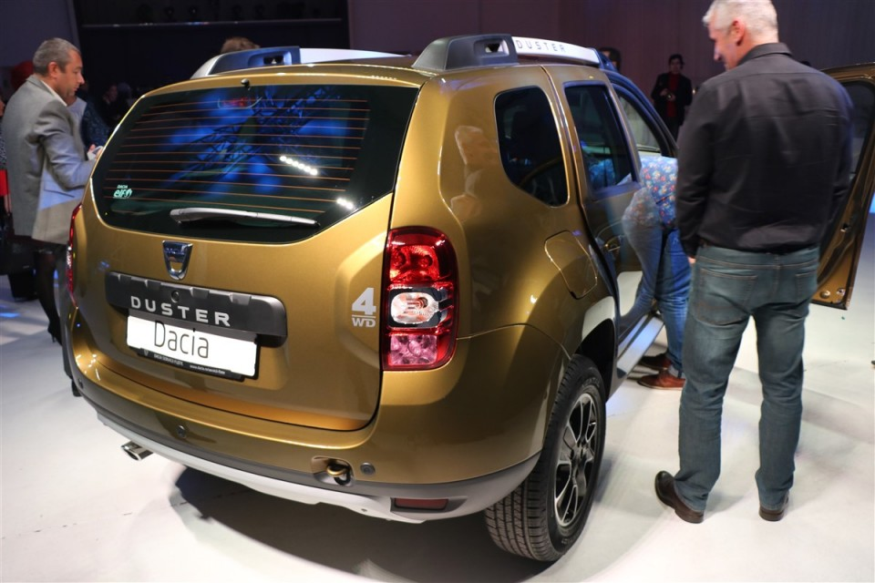 Dacia-Duster-Connected-by-Orange (15)