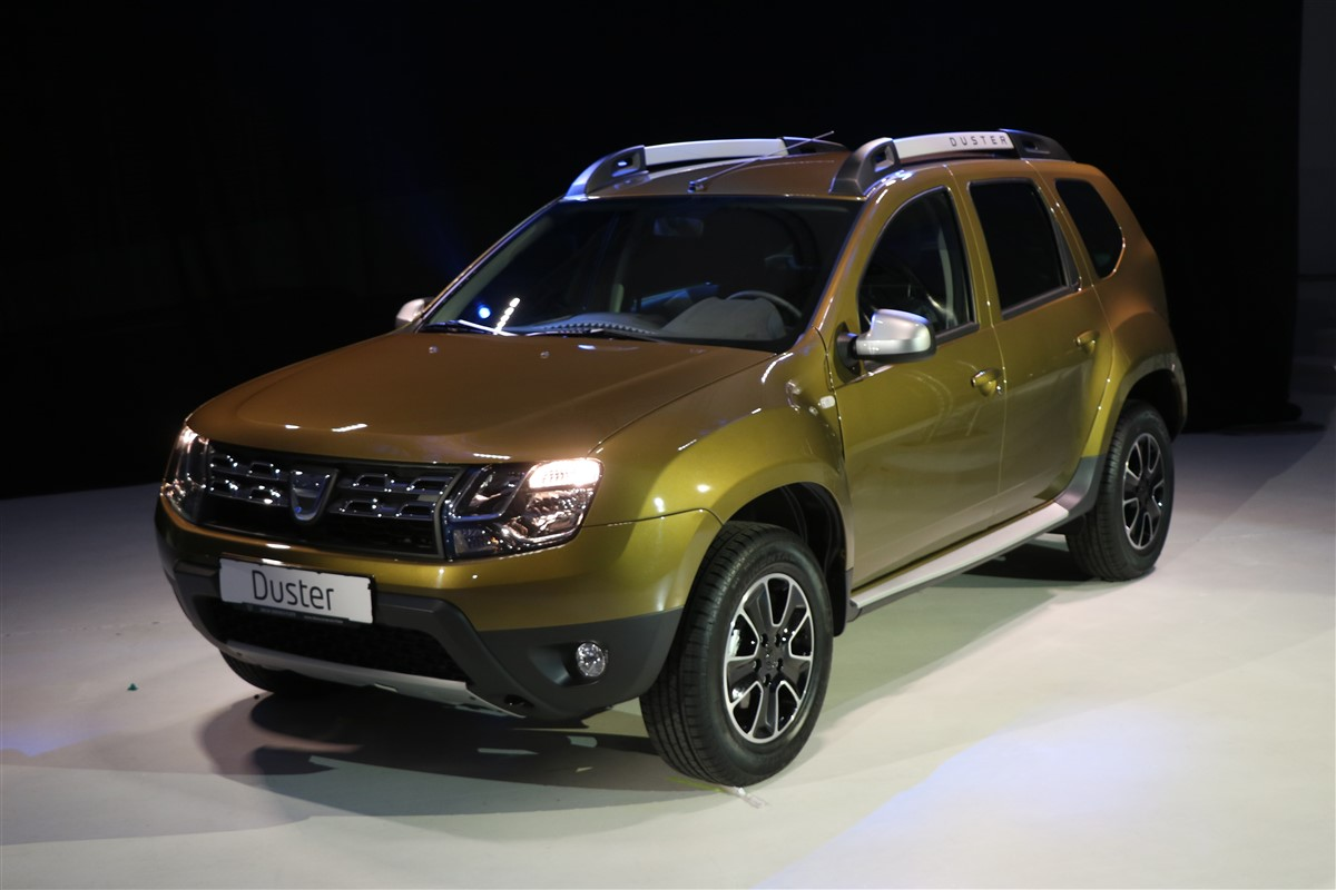 dacia duster connected by orange edi ie limitat cu 12 gb de internet 4g pe 2 ani. Black Bedroom Furniture Sets. Home Design Ideas