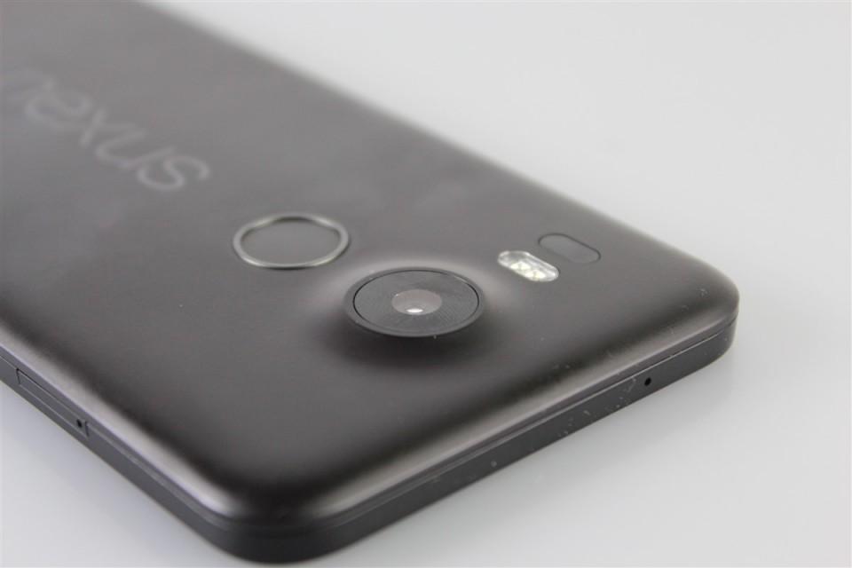 LG-Nexus-5X (11)