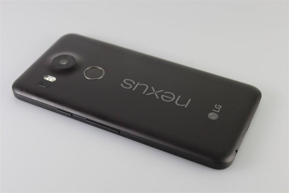 LG-Nexus-5X (4)