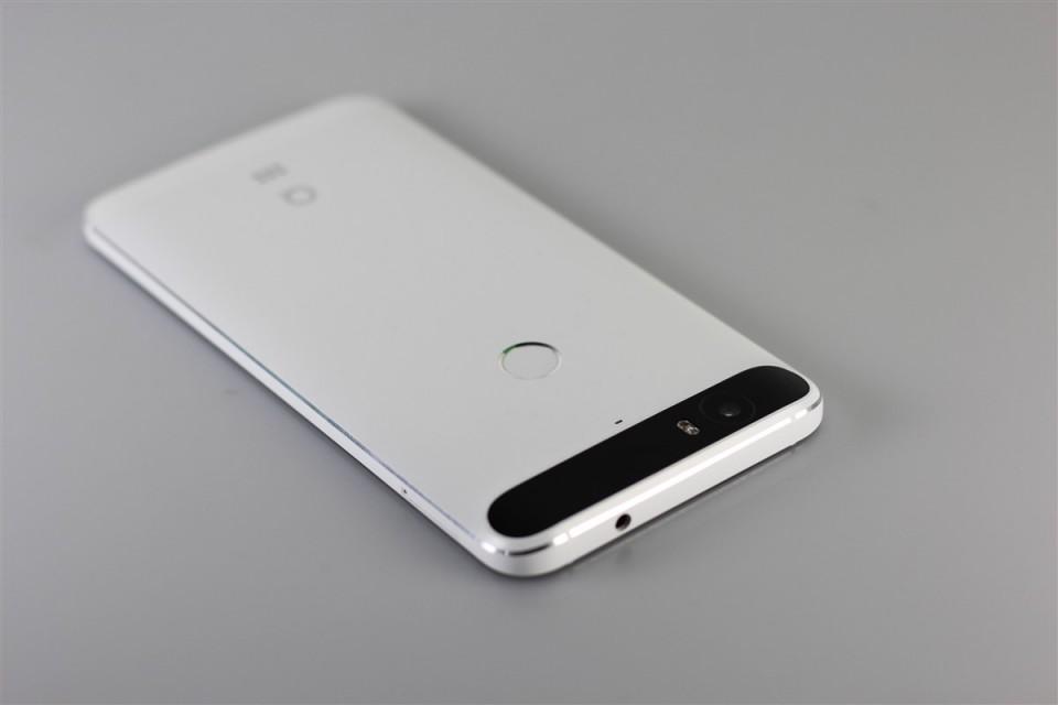 Huawei-Nexus-6P (9)