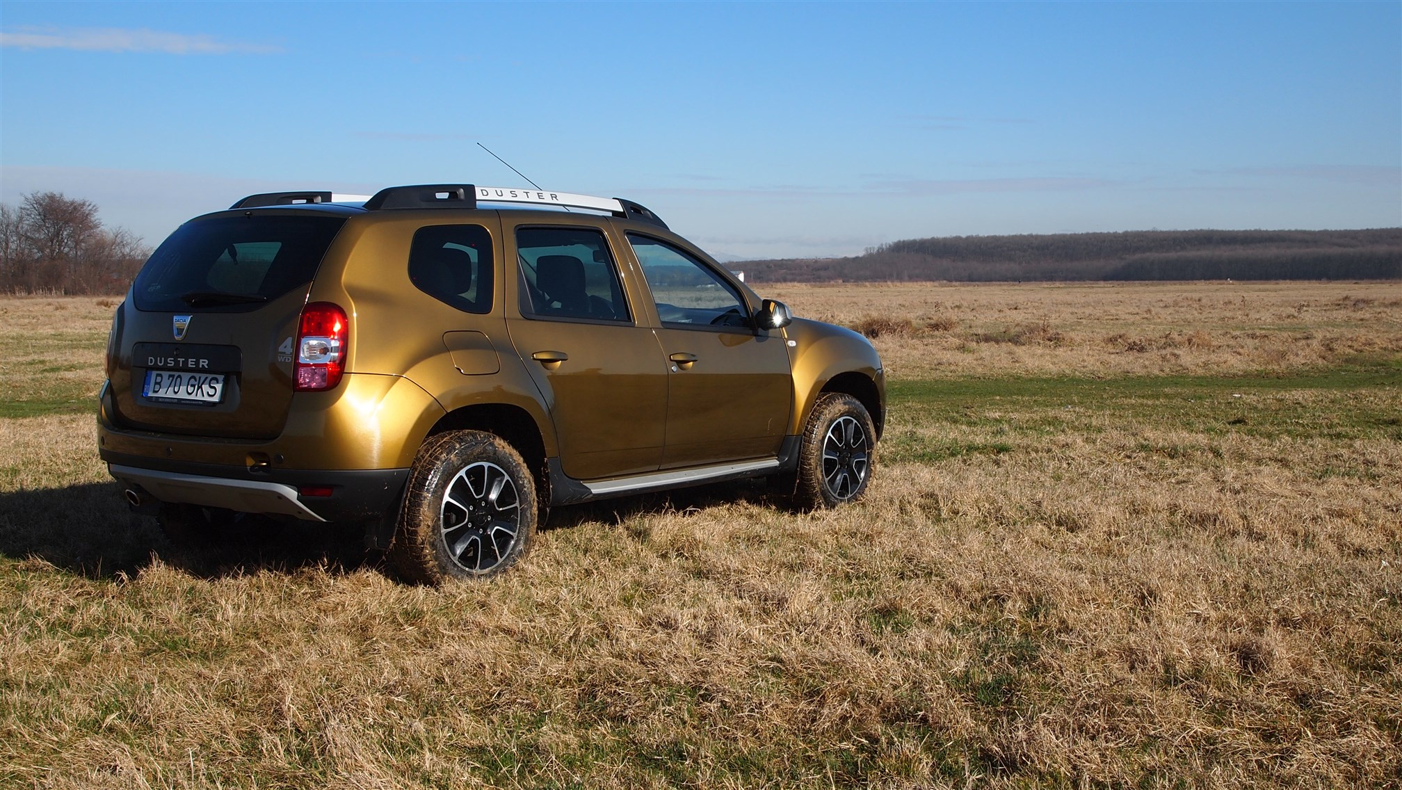 Dacia Duster Connected by Orange Exterior (13)