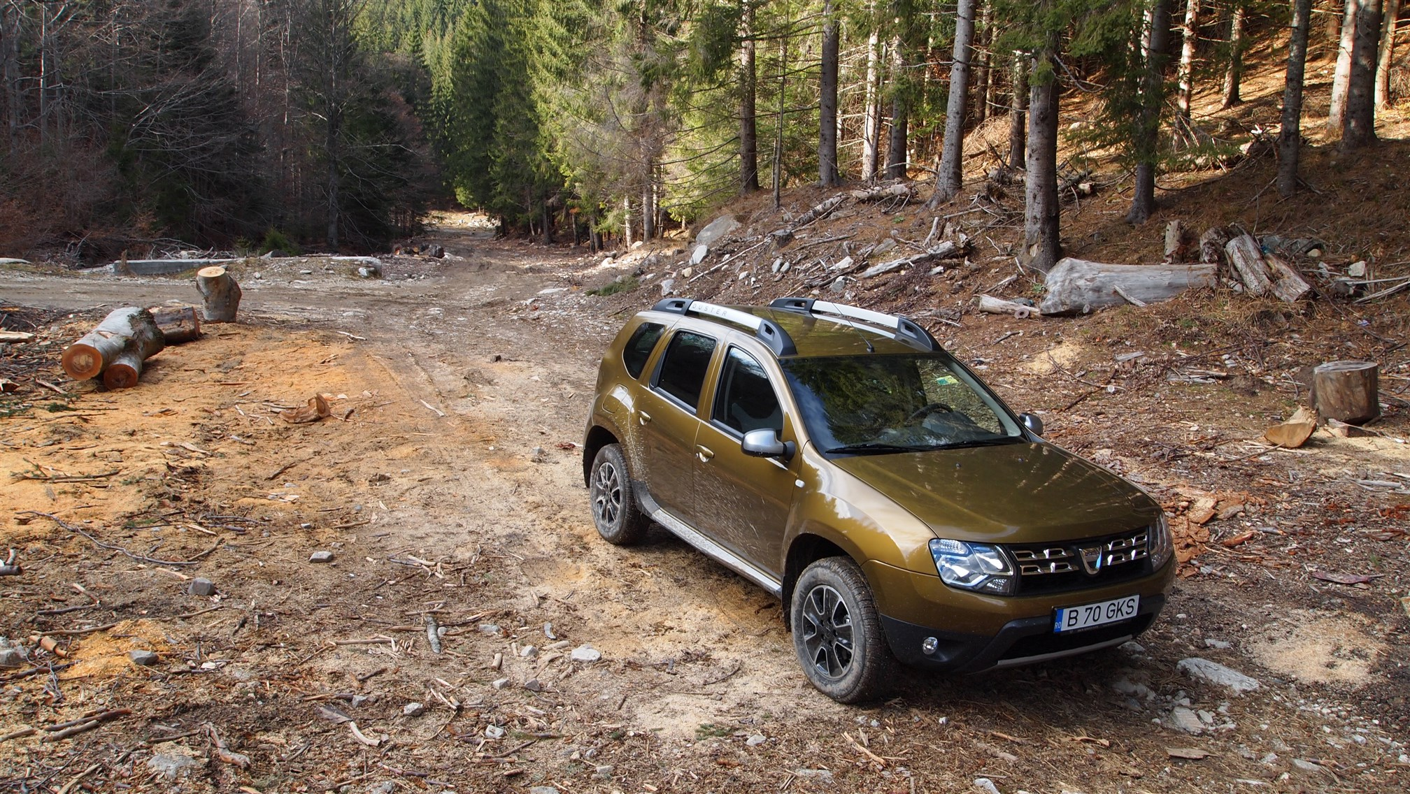 Dacia Duster Connected by Orange Exterior (25)