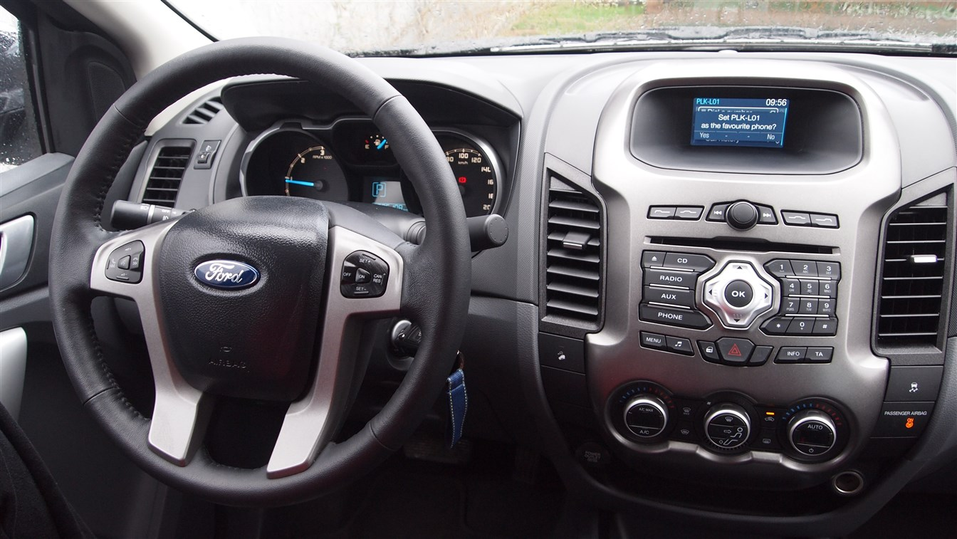 Ford Ranger Limited 4x4 Automatic Interior (8)