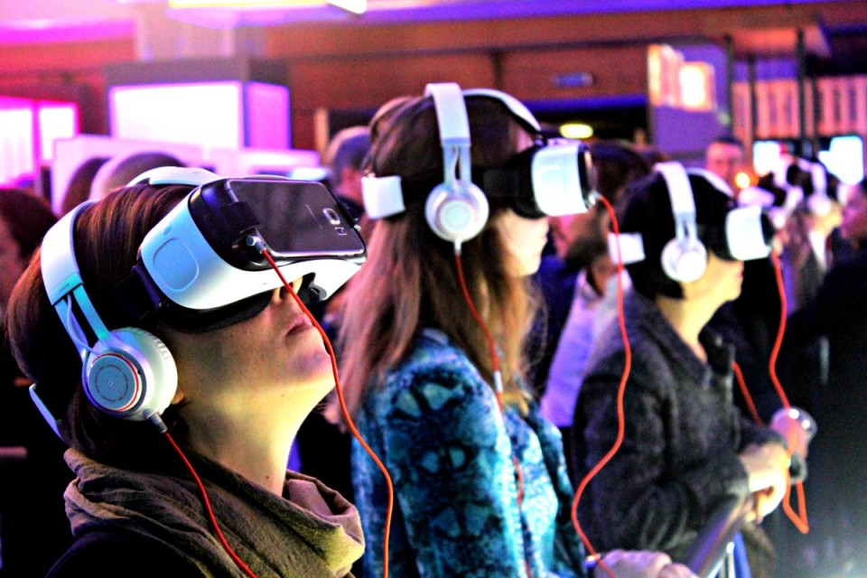 Orange-VR