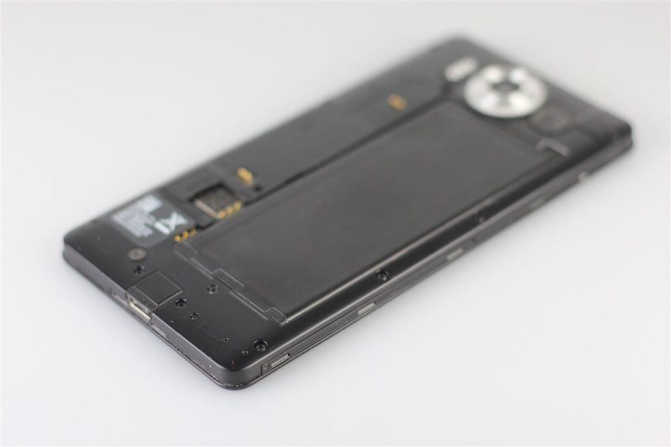 Microsoft-Lumia-950 (12)