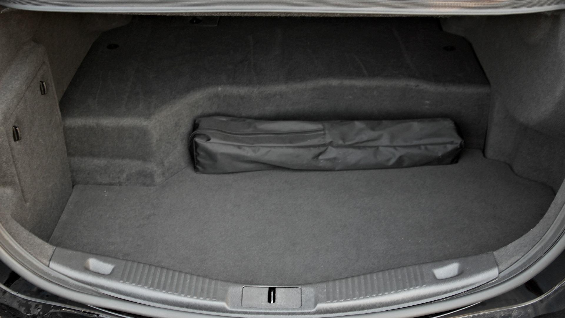 Ford Mondeo Vignale Hybrid Portbagaj (1)