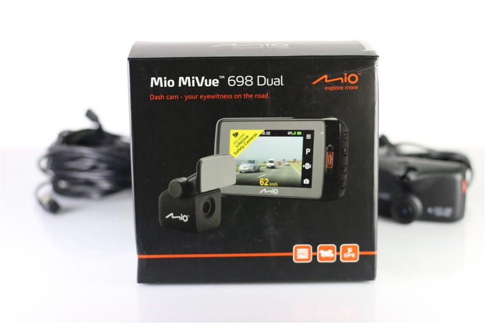 Mio-MiVue-698-Dual (3)