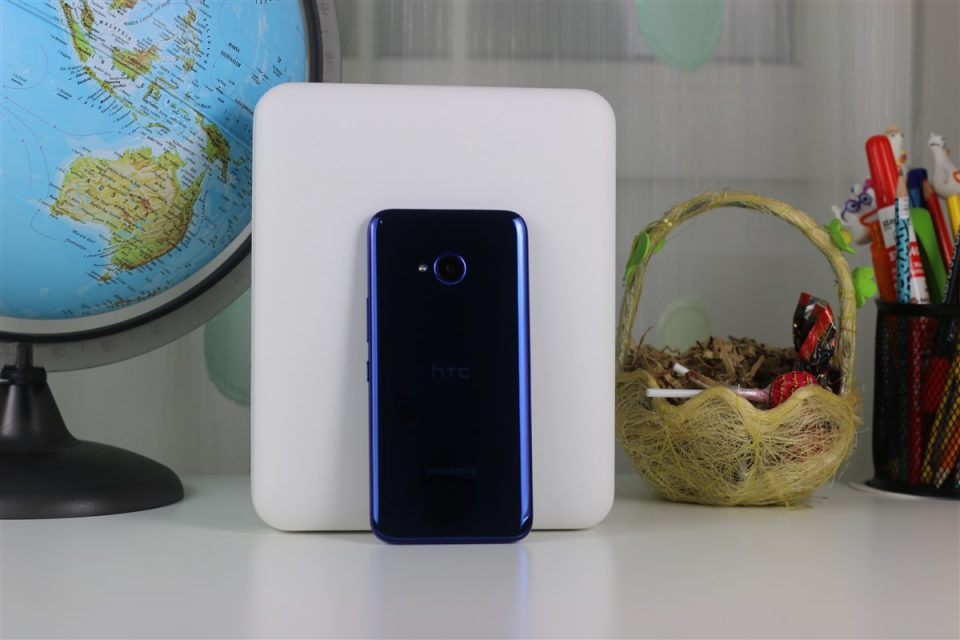 HTC-U11-Life-4-960x640.jpg