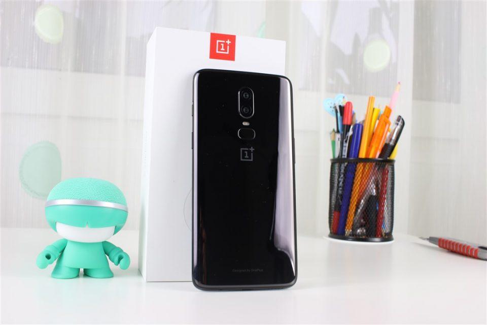 TOP 5: Cele mai ieftine telefoane mobile cu procesor Qualcomm Snapdragon 845