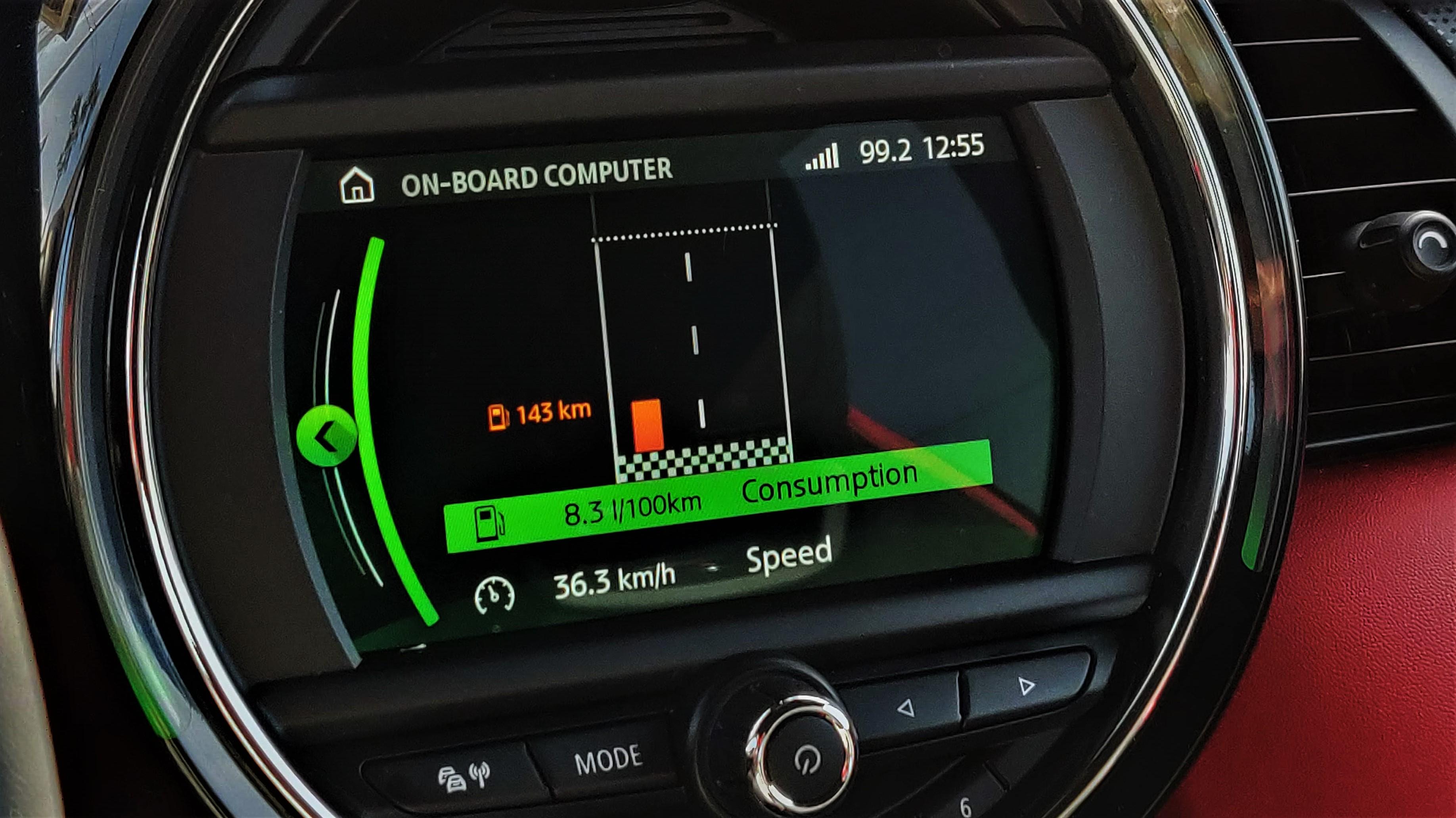 Consum MINI Cooper 5-Door 1.5l 136CP Steptronic