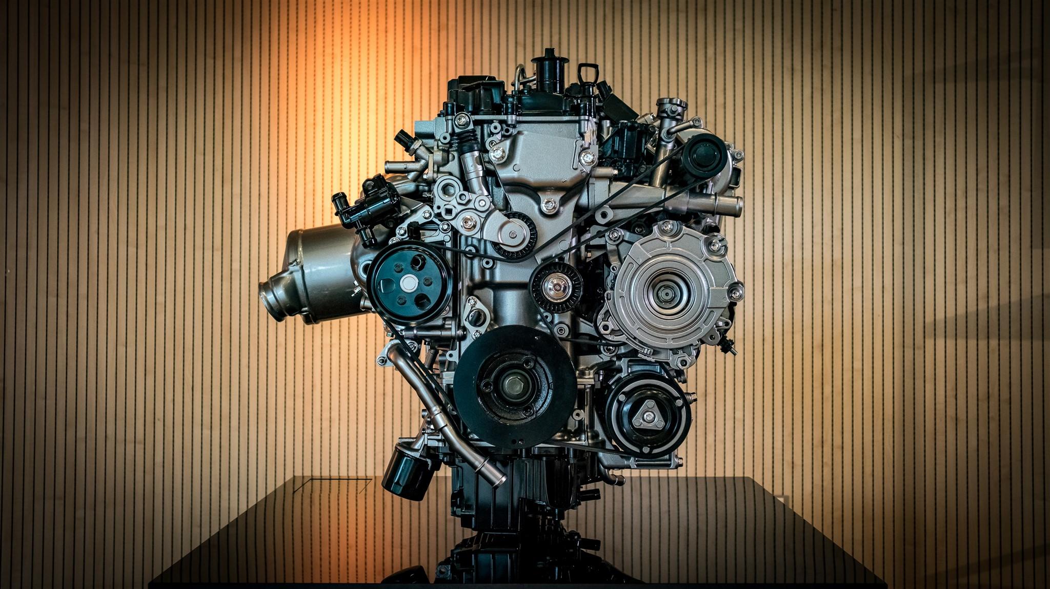 Motorul Mazda Skyactiv-X 2.0l 180 CP