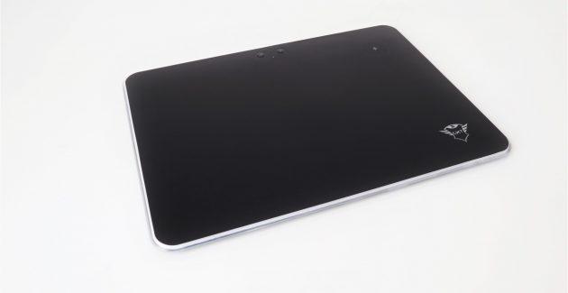 Mousepad Trust GXT 750 Qlide RGB