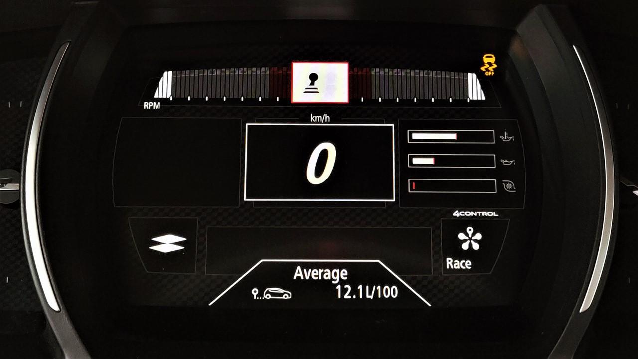 Tablou bord Race si consum Renault Megane RS 300 Trophy