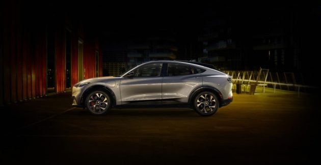 Prezentare Ford Mustang Mach-E