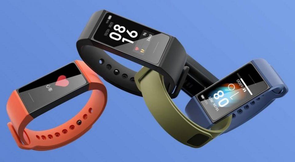 Redmi Band – brăţără inteligentă de buget cu ecran color şi senzor de puls