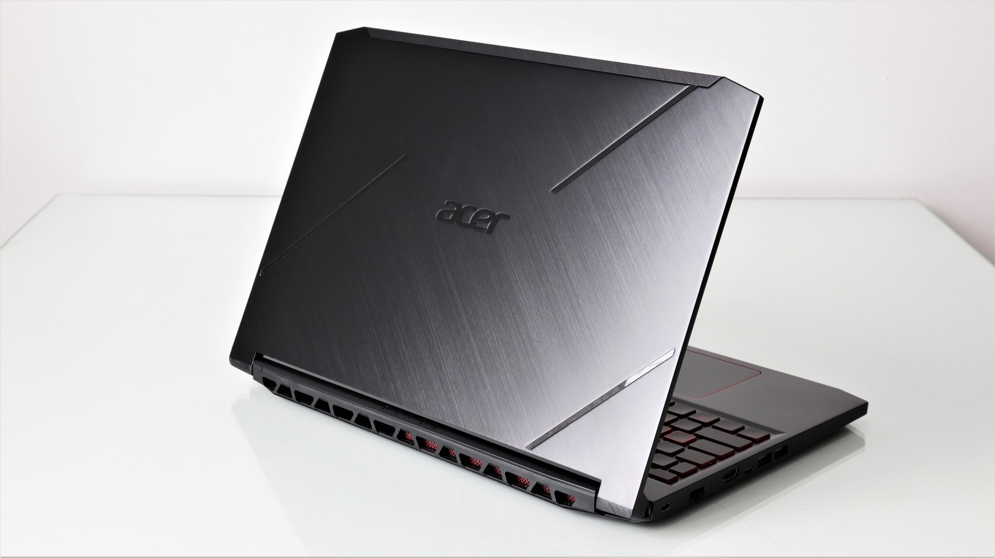 Notebook gaming Acer Nitro 7 AN715-51