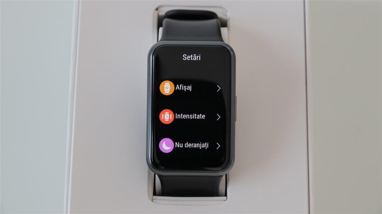 Interfata LiteOS pe Huawei Watch Fit