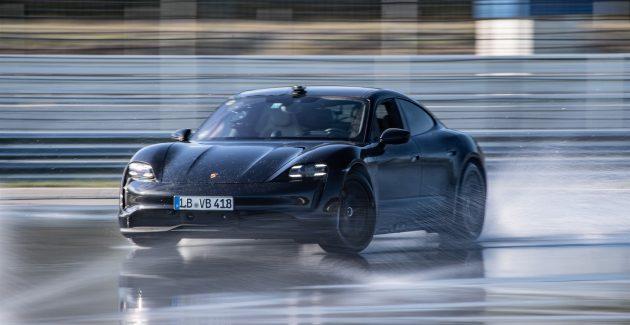 Record mondial de drift cu Porsche Taycan