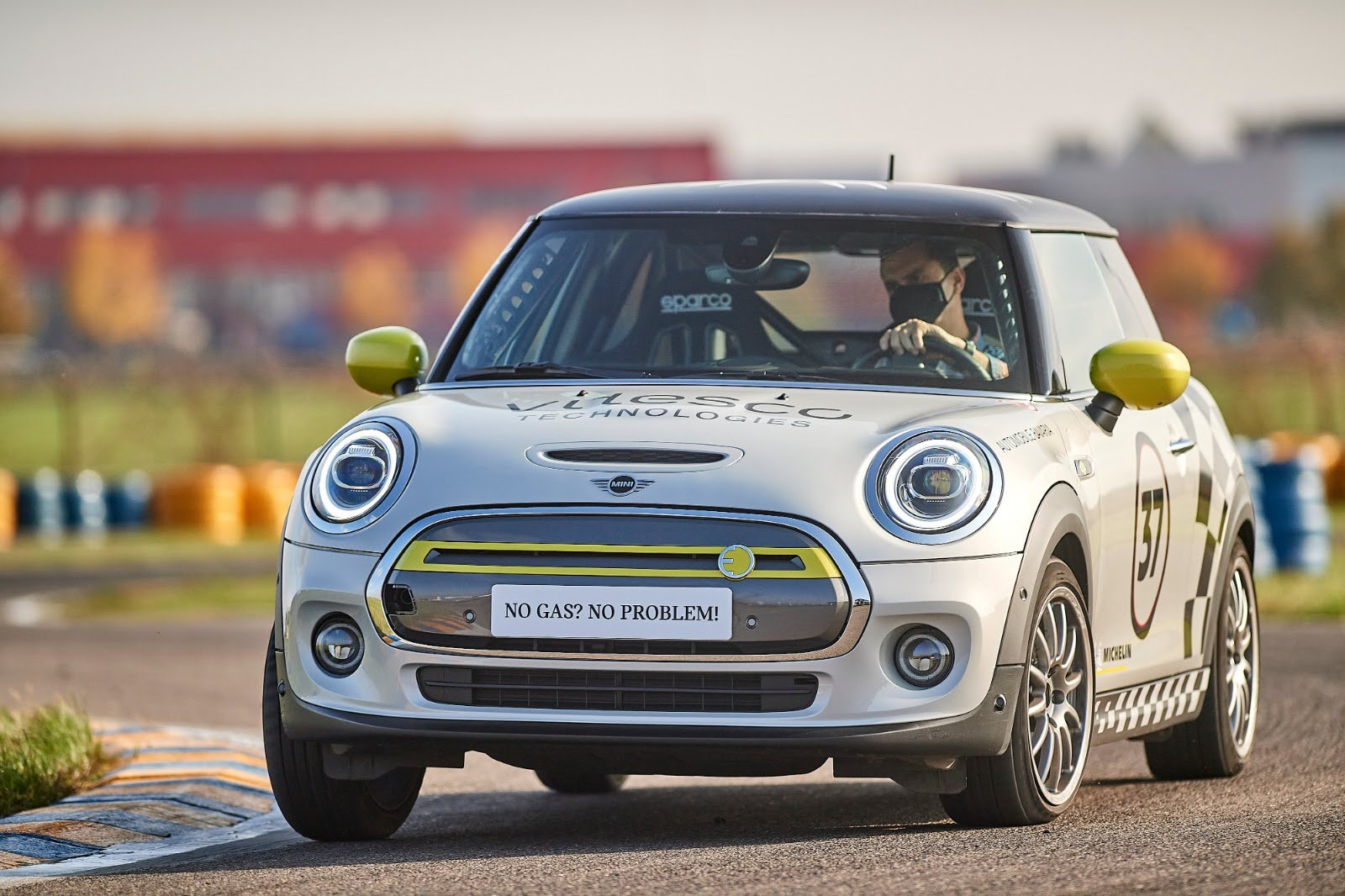 Vitesco Technologies MINI Electric Racing