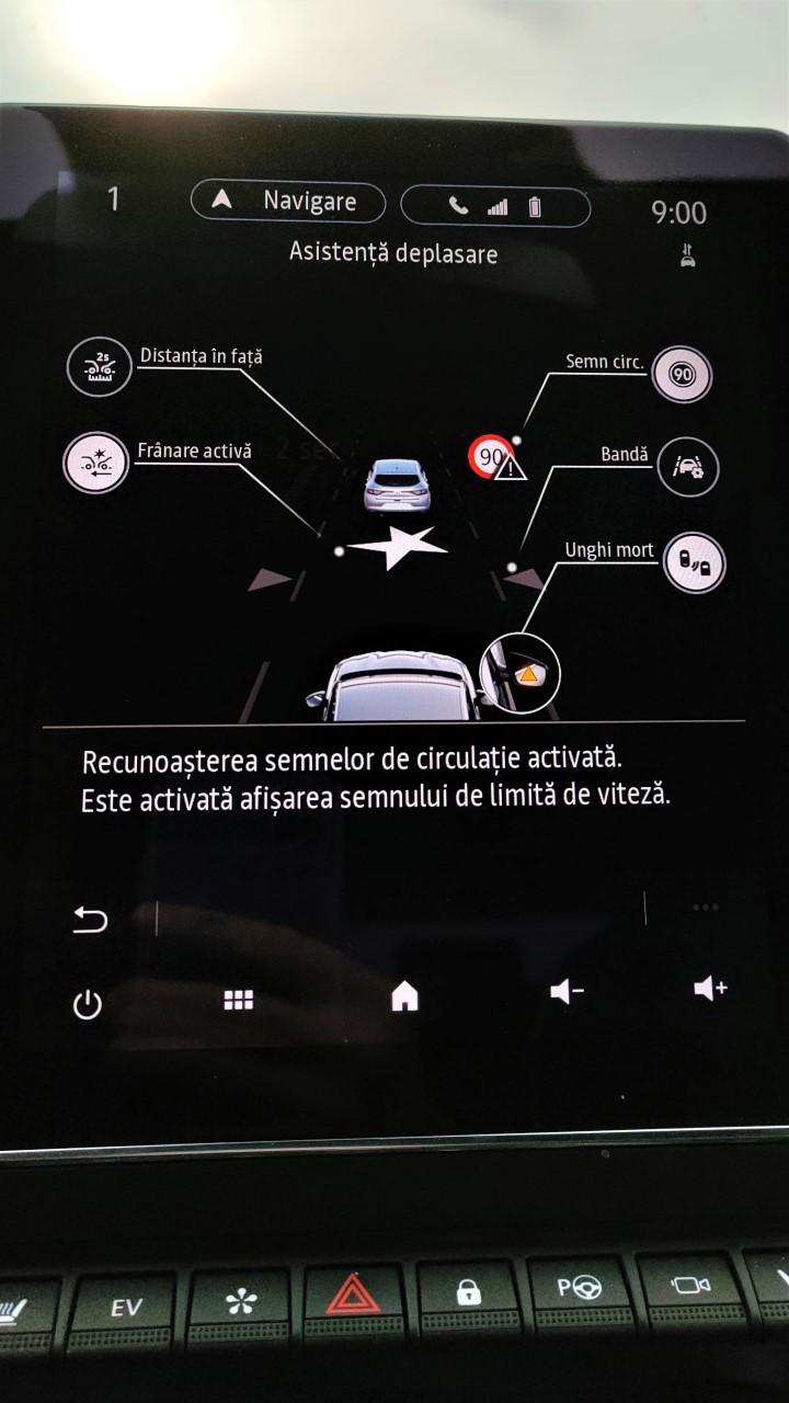 Interfata Easy Link 9.3 inch pe Renault Clio E-TECH Hybrid 2021